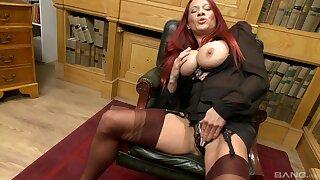 Busty redhead Faye Rampton takes off her undershorts to masturbate