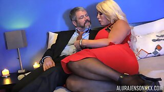 Chubby peaches lady with huge boobies Alura Jenson is hammered doggy style