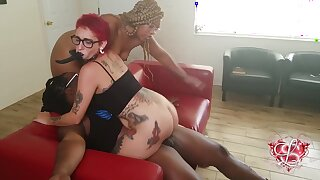 Chubby ebony mom Shanice Luv in amateur interracial threesome