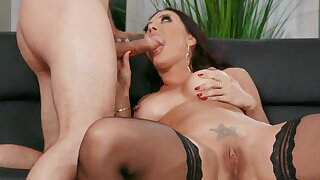 Lucky stud enjoys blowjob and hot copulation with big-assed MILF