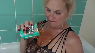 I just love Messy Food Fun so when I found 2 cans of beans in my cupboard I thought it was time for some serious Sploshing so I headed up to my bathroom in my sexy lace body stocking and climbed into my bath and opened the first can of Beanz ad pored them all over my body especially down my front and I squashed all those Beanz into my nice big tits then I took a handful and rubbed them into my wet juicy pussy.Molly xxx