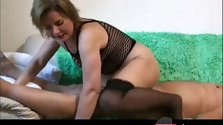 German homemade amateur couple in a sizzling suck and fuck on a couch